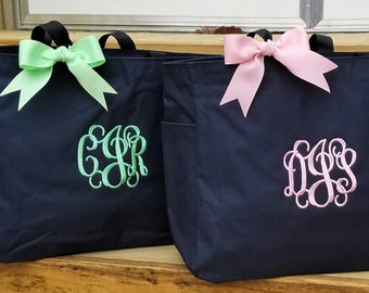Set of 7 Personalized Bridesmaid Bags Bride Bridesmaid Gifts Monogrammed Monogram Wedding Tote Bags