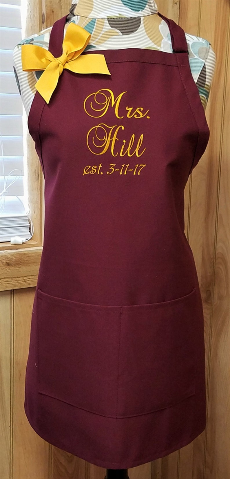 Bridal Shower Gift Kitchen Apron Womens Apron SALE ~ Personalized Apron Monogrammed Apron