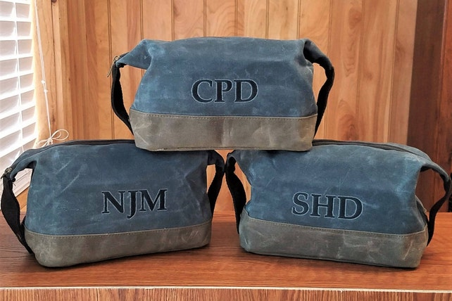 Set of 6 Personalized Toiletry Bag Groomsmen Gifts Mens Dopp Kit  Monogrammed Monogram Waxed Canvas Travel Case adbc2bed2f0a8