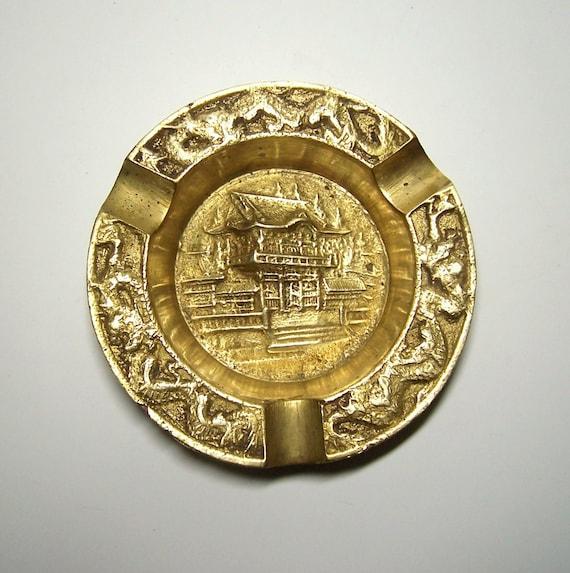 Made in China brass ashtray Ashtray Vintage Solid Brass Dragon design ashtray