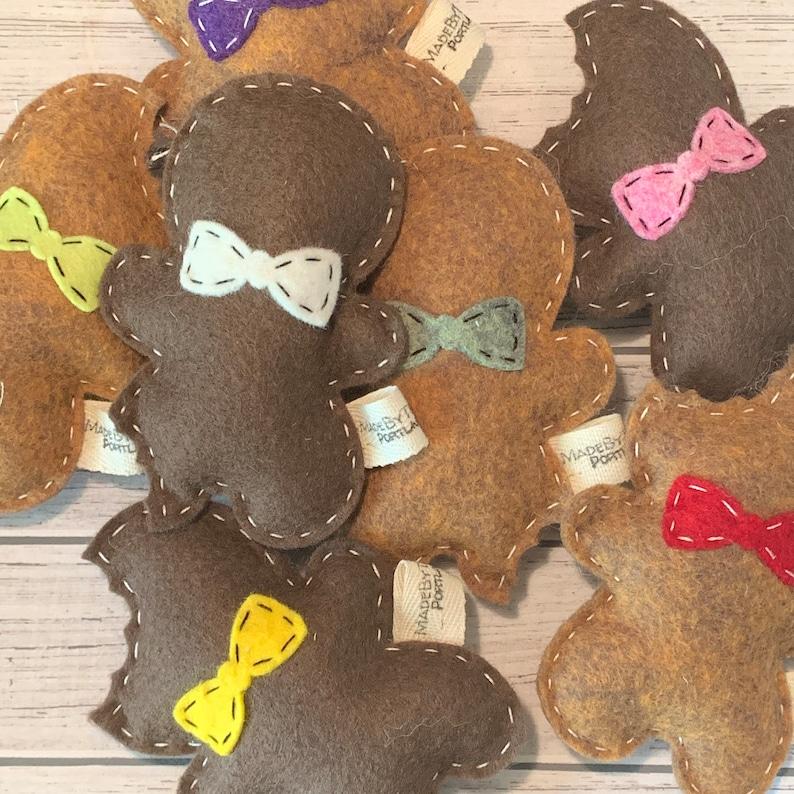 catnip cat toy  gingerbread cookie  wool felt image 0