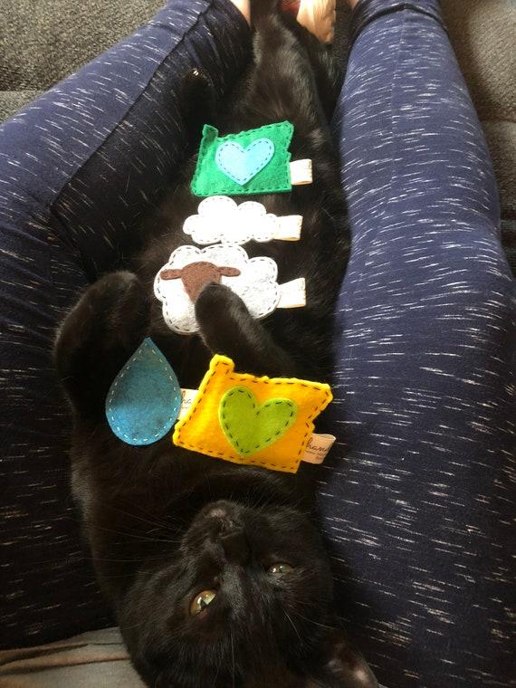 Organic Catnip//Wool Felt//Set of 2 Deadpool Catnip Cat Toy
