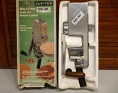 Jupiter Metal Grain Mill Grinder Model 561 001 Manual Hand Crank Pristine