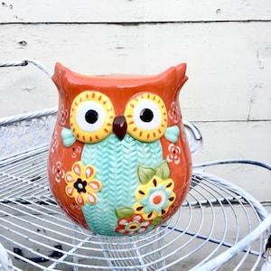 Vintage Kitsch Owl Reading /'ABC/' Book Cookie Jar E7608