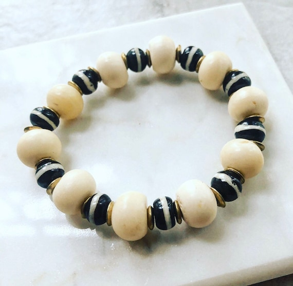 Black and White Bone Bead Stretch Bracelet