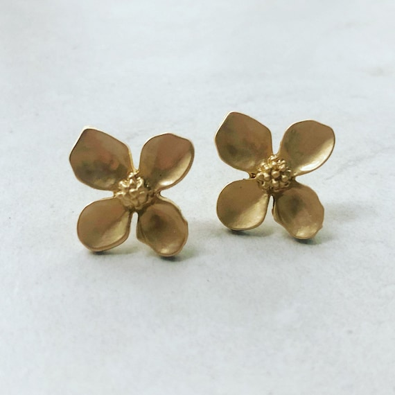Matte Flower Stud Earrings
