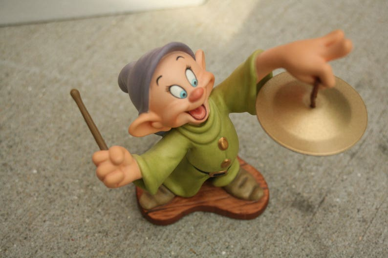 Wdcc Dopey White And The Seven Dwarfs Retired Vintage Wdcc Etsy