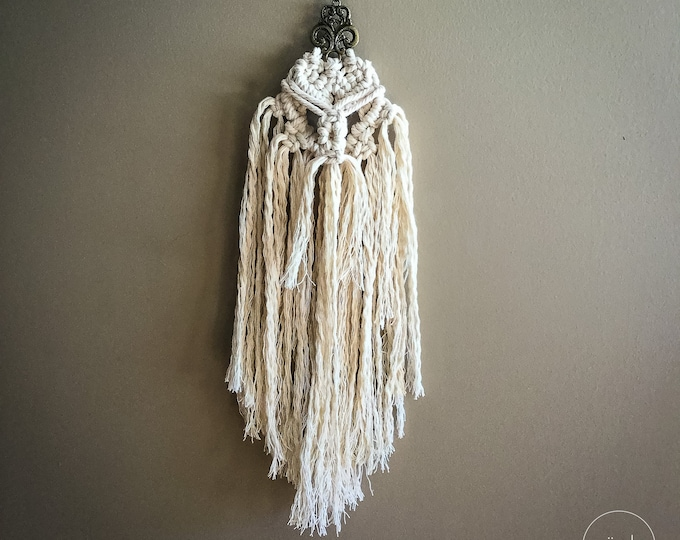 Small macrame hanging Vicking Woven Wall Hanger bohemian rustic farmhouse door decor decoration