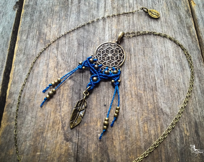 Macrame dreamcatcher necklace antique brass tone boho tribal chic jewelry