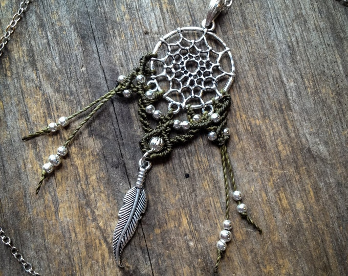 Dreamcatcher pendant necklace boho macrame jewelry bohemian
