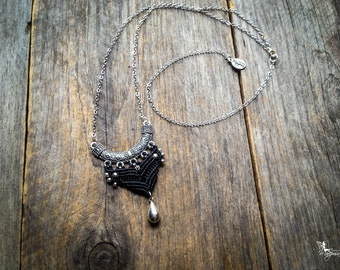 Macrame boho necklace tribal chic pendant long chain silver tone bohemian jewelry by Creations Mariposa