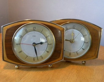 Metamec Recycled Vintage Wooden Mantel Shelf Clock