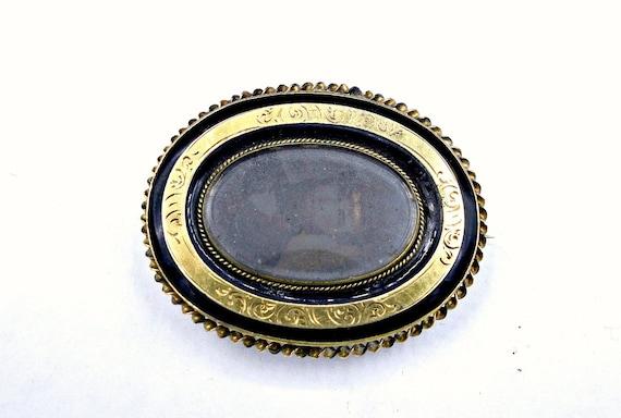 Victorian  Locket, Antique Gold Locket Pendant Bro