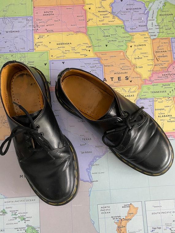 black doc martens size 5