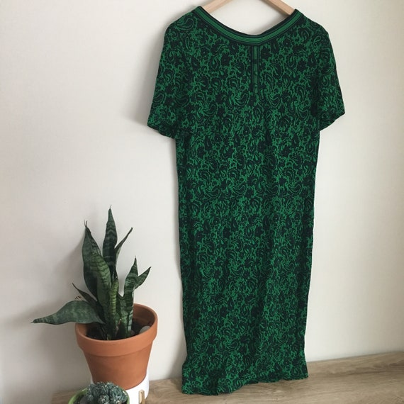 Vintage green and black floral print dress, stretc