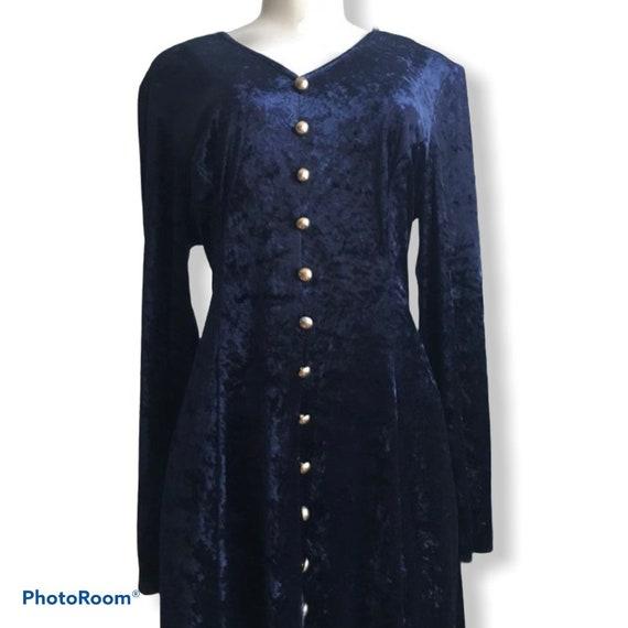 long blue velvet dress, crushed velvet dress, navy