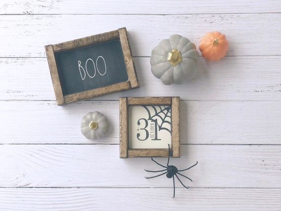 Black Boo Sign | October 31 Sign | Halloween Signs | Halloween Signs Wood | Halloween Signs for Wreath | Halloween Signs Decor