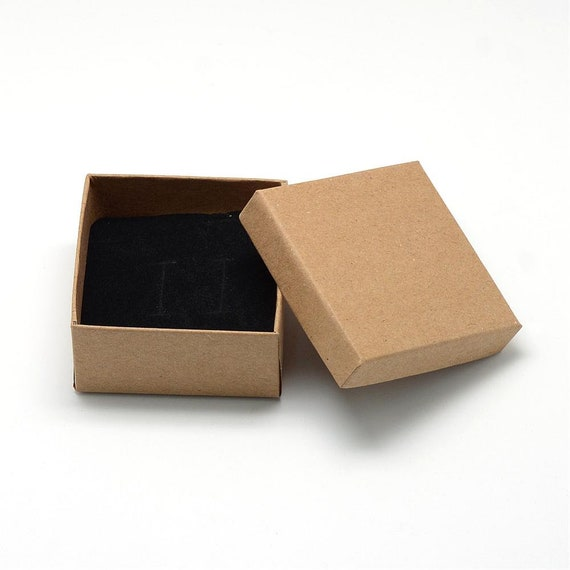 WHY PEOPLE OF AUSTRALIA LIKE TO KEEP THEIR JEWELLERY IN CARDBOARD BOXES