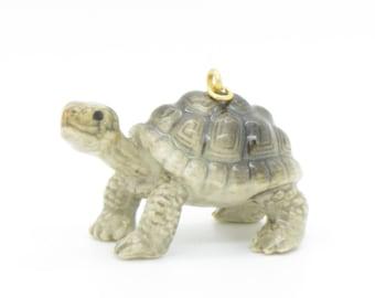 1 - Porcelain Tortoise Pendant Hand Painted Glaze Ceramic Animal Small Ceramic Turtle Vintage Jewelry Supplies Little Critterz (CA140)