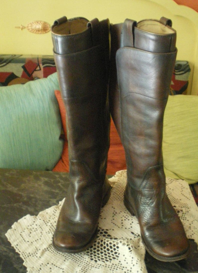 ee04437a986 Vintage Womens Frye Paige Tall Riding Boots Style 76533 - Size 7