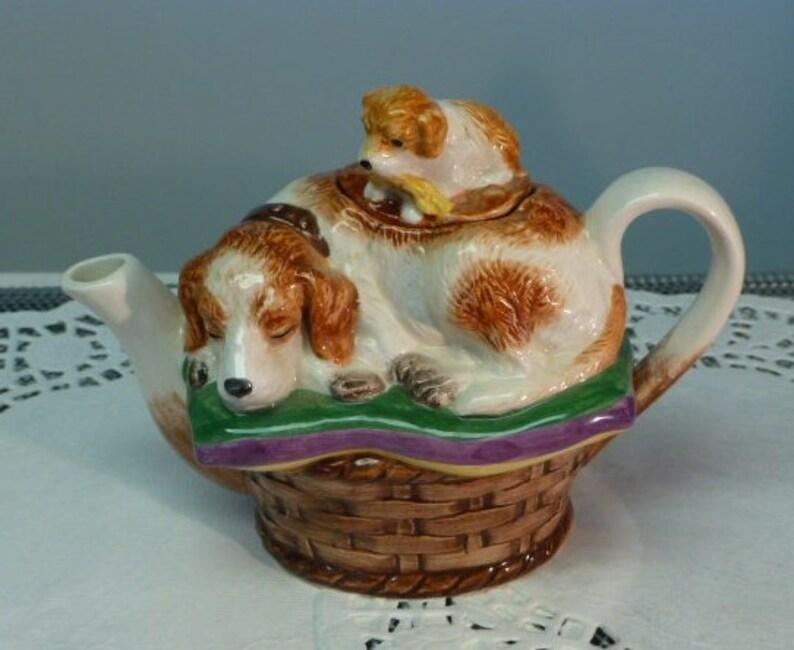 Vintage Noritake Royal Hunt Sleeping Dog /& Puppy Ceramic Mini Teapot Single Serving Teapot Estate Sale Find Appears Unused