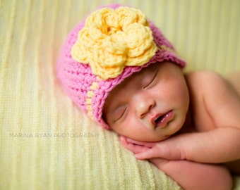 crochet, baby girl, baby hats, crochet hats, coming home outfit, baby, gift, baby shower gifts, baby gifts, newborn, baby shower gift, hat