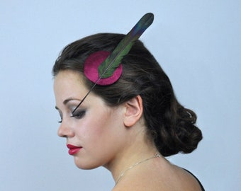 Elegant Fascinator with Magpie Tail Feather in Plum and Black