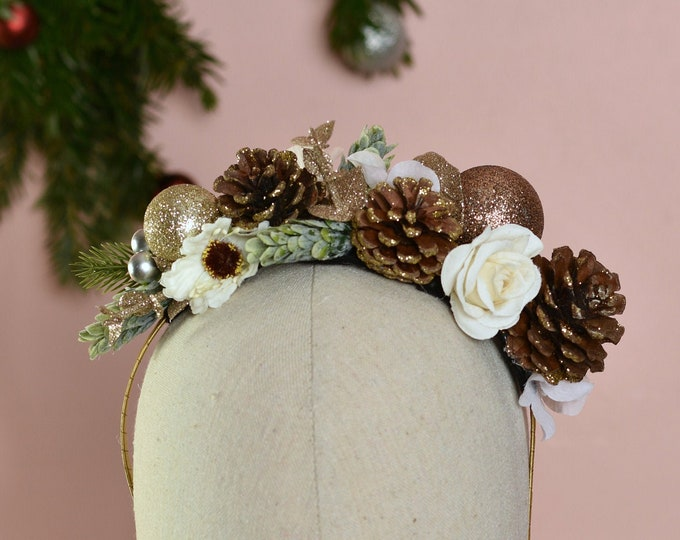 Christmas Headpiece in Ivory and Gold No.14
