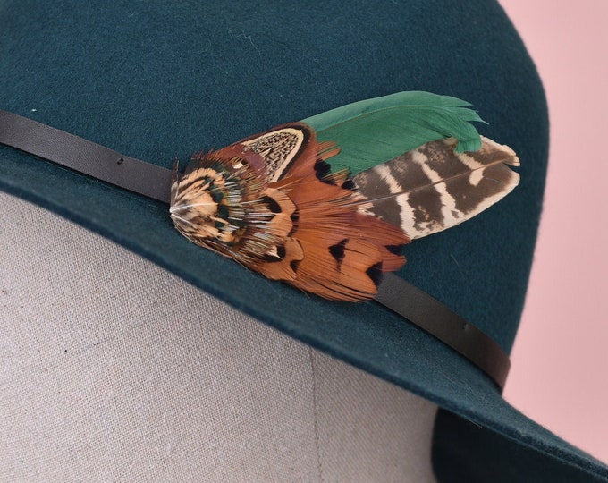 Natural Pheasant Feather Lapel Pin in Copper and Green No.12