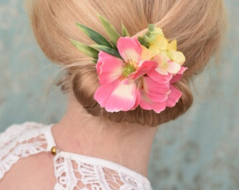 Pink Cosmo's Flower Hair Clip