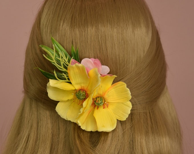 Yellow Cosmo's Flower Hair Clip