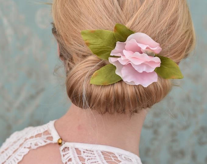 Sweet Pea Flower Hair Clip in Pink