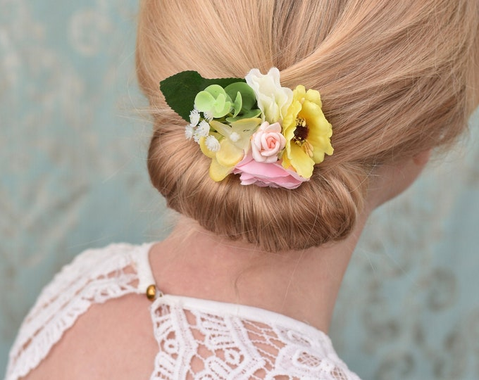 Flower Hair Clip in Pastel Pink, Yellow and Ivory