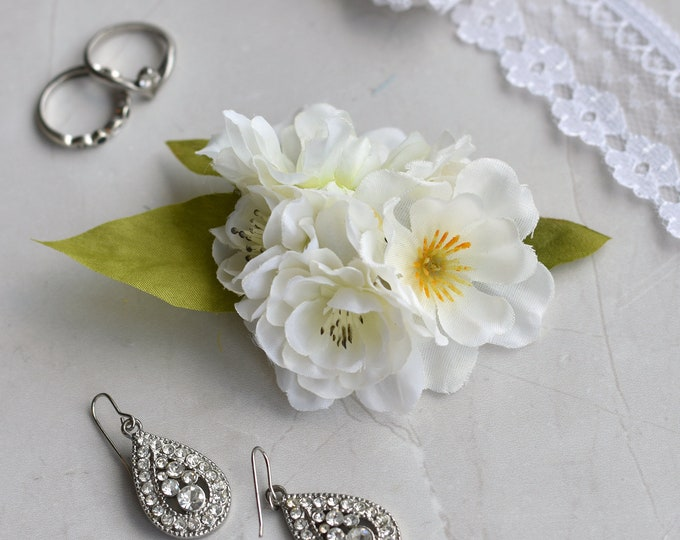 White Blossom Flower Hair Clip