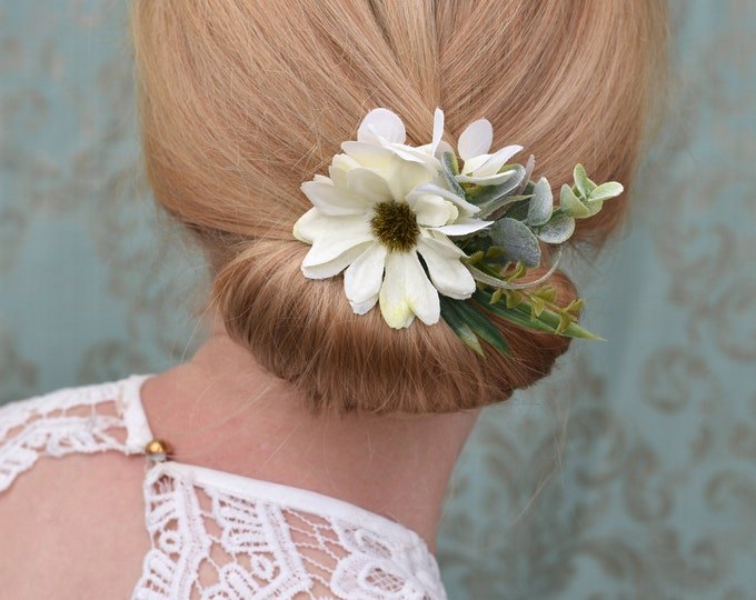 Off-White Daisy Flower Hair Clip with Eucalyptus