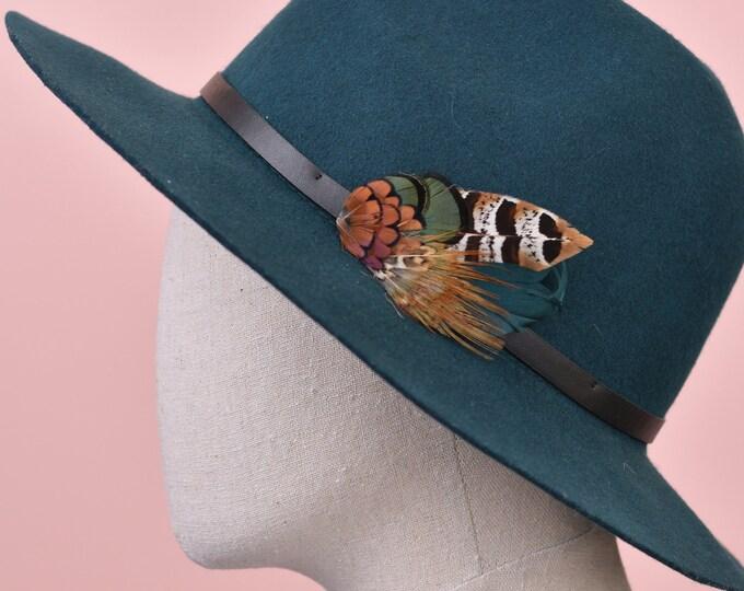Green Pheasant Feather Lapel Pin No.62