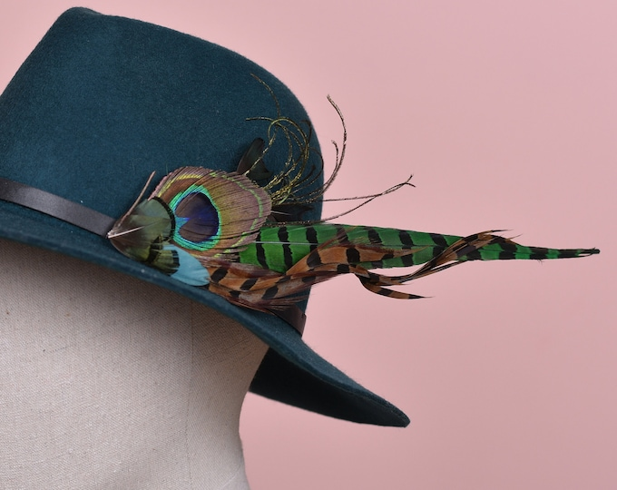 Green Peacock and Pheasant Feather Lapel Pin / Hat Pin No.127