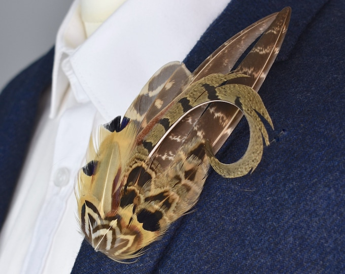 NaturalPheasant Feather Lapel Pin in Golden Brown No.2