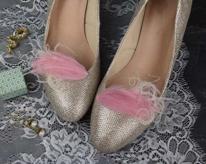 Feather Shoe Clips in Pink and Ivory