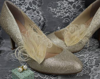 Feather Shoe Clips in Ivory Peacock Feathers