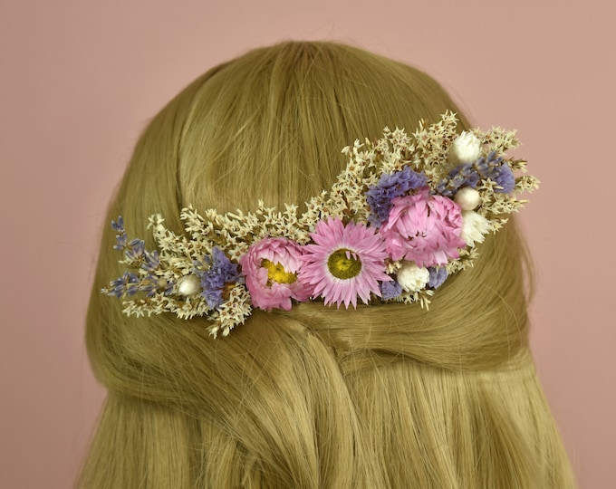 Dried Flower Hair Comb in Ivory, Lilac and Pink Daisy Blooms