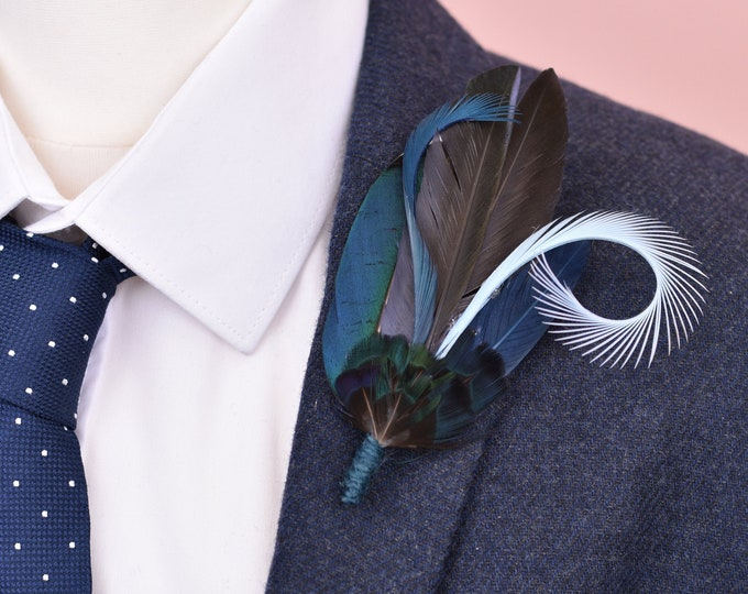 Navy and Pastel Blue Feather Lapel Pin No.105