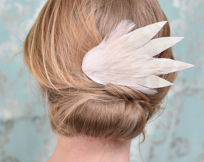 Ivory Blush Pink Feather Hair Clip No.20
