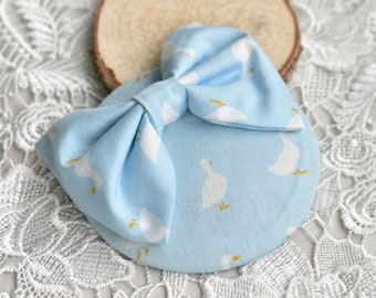 Mini Bow Fascinator in Quirky Pastel Blue Goose Print | Retro Ht | Button Hat | Vintage Fascinator | 1950s Style