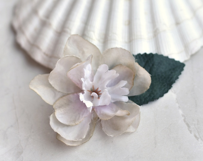 Delicate Blossom Flower Hair Clip in Oyster Grey