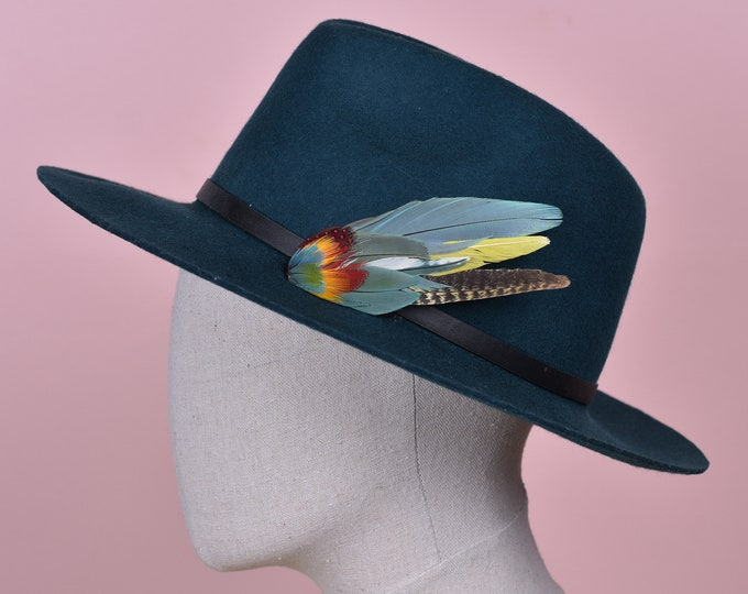 Blue and Yellow Feather Hat Pin /  Lapel Pin No.198