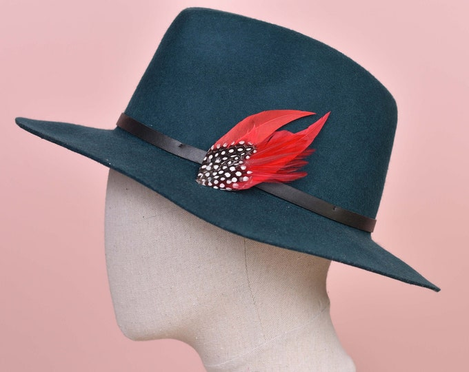 Red and Polkadot Feather Lapel Pin / Hat Pin Small No.70