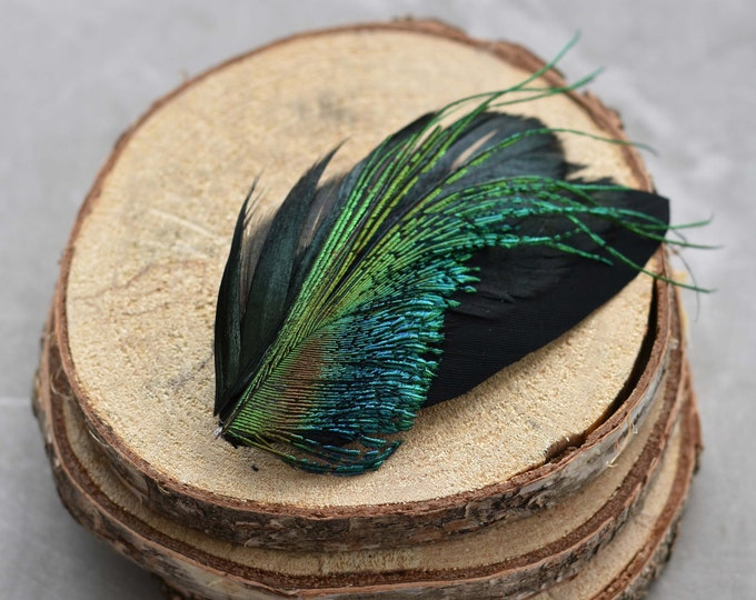 Black and Green Feather Lapel Pin / Hat Pin Small No.66