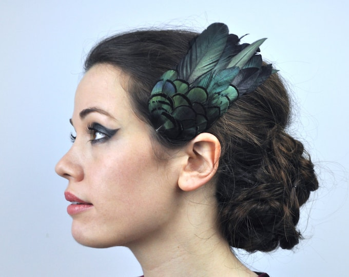 Featured listing image: Feather Hair Clip in Glossy Green Black Natural Feathers