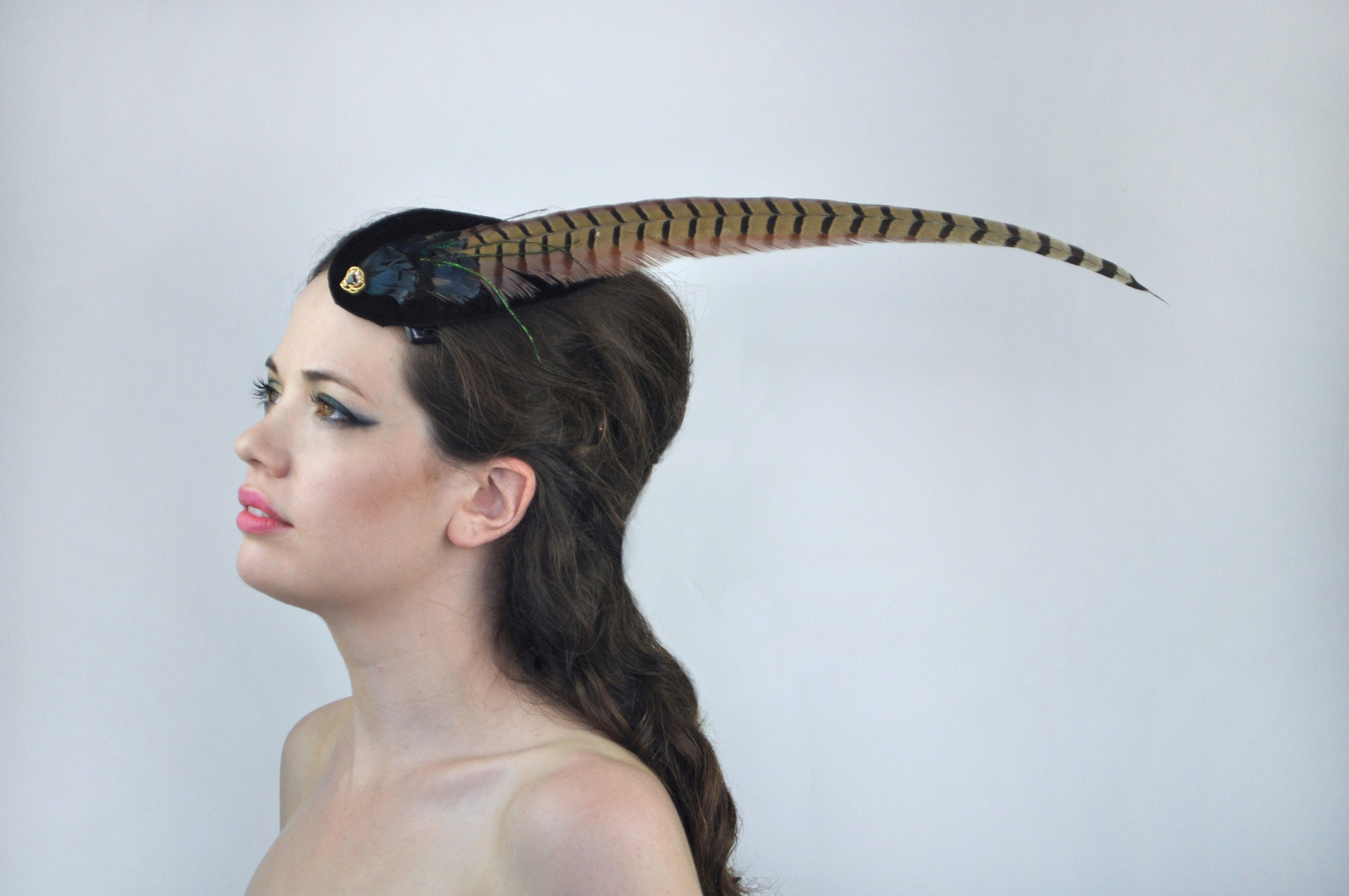 6b7a8523a4bf4 Feather Fascinator in Black Velvet with Iridescent Feathers and Gold ...